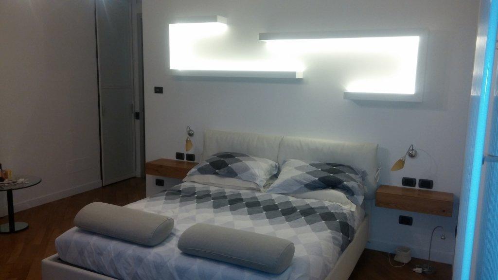 Artigiani Camere Da Letto : Realizzazione di camere da letto con mobili di arredo su misura e