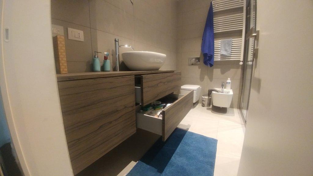 Mobili da bagno realizzati su misura da artigiani esperti di livio